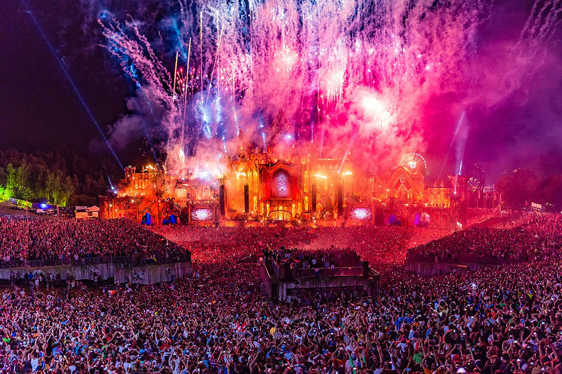 Фестиваль электронной музыки Tomorrowland