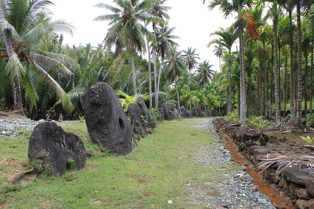 каменные деньги острова Яп