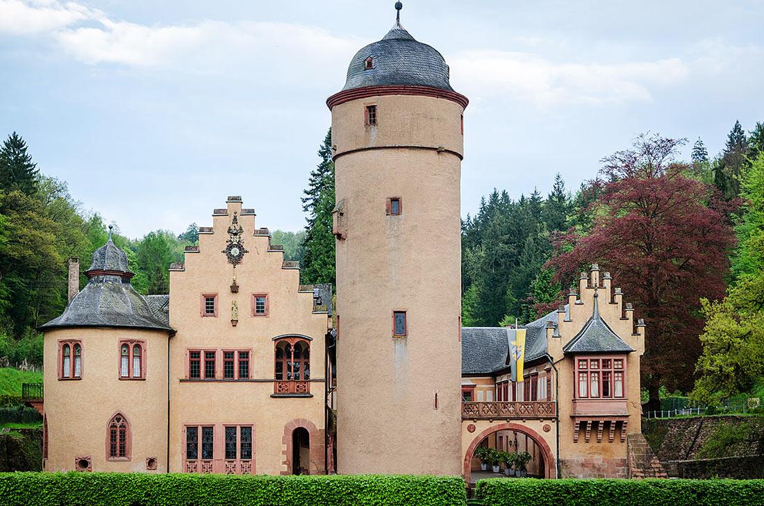 Замок Меспельбрунн