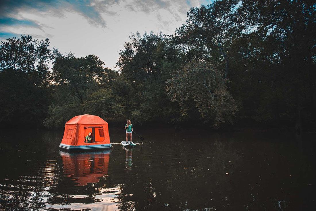 надувной плот-палатка