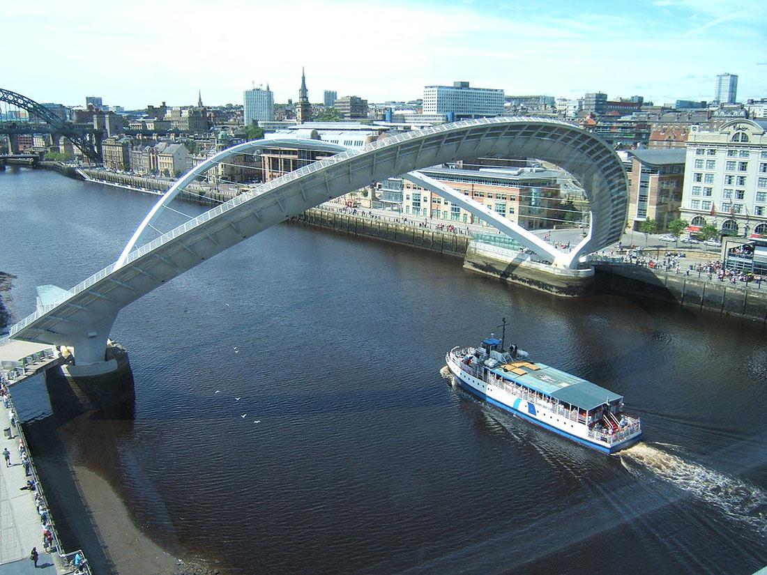 Мост Миллениум в Гейтсхеде Англия