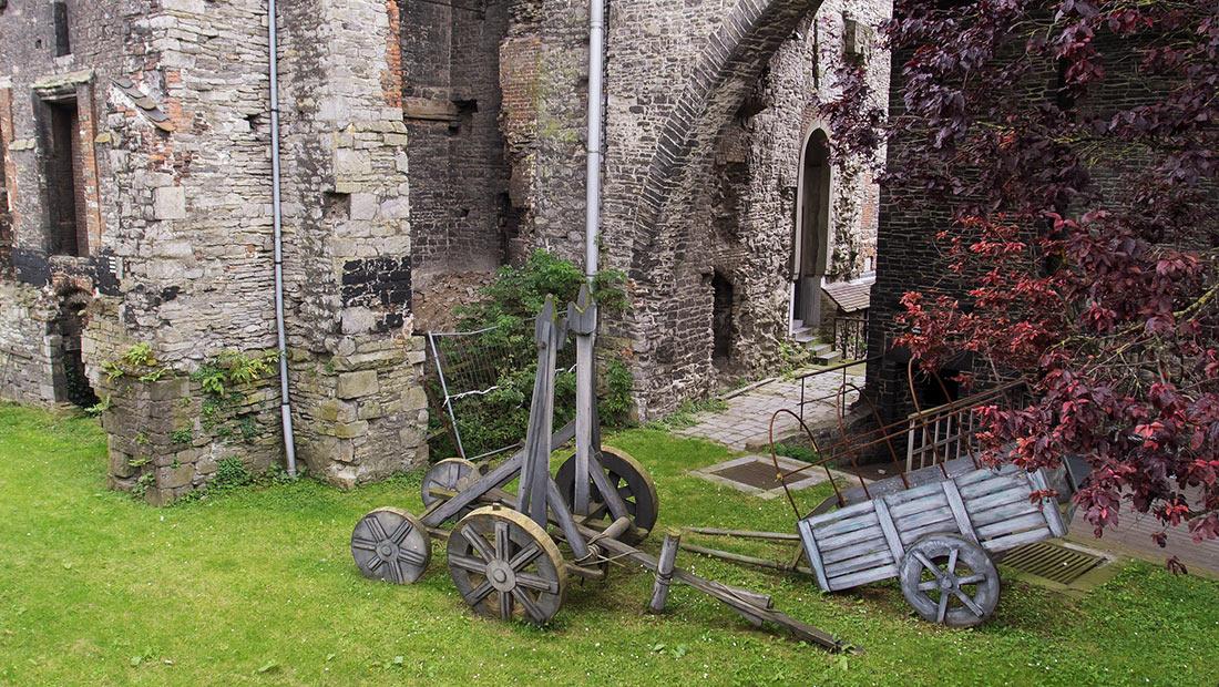 замок графов Фландрии Гравенстен
