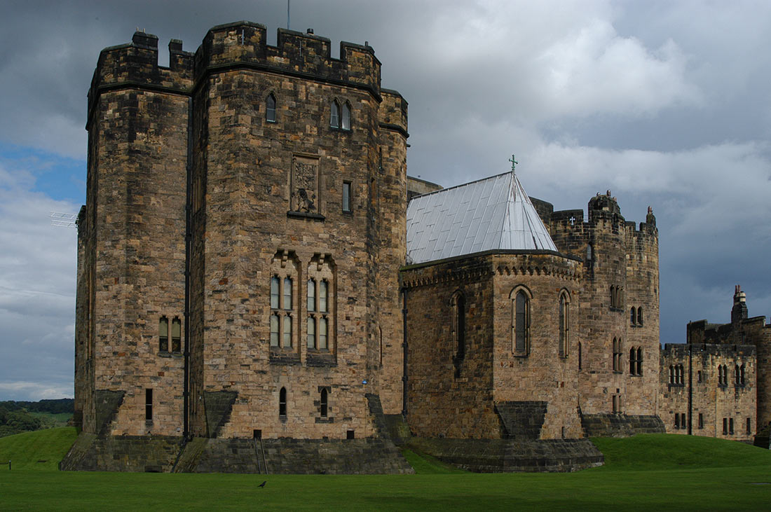 Замок Алник