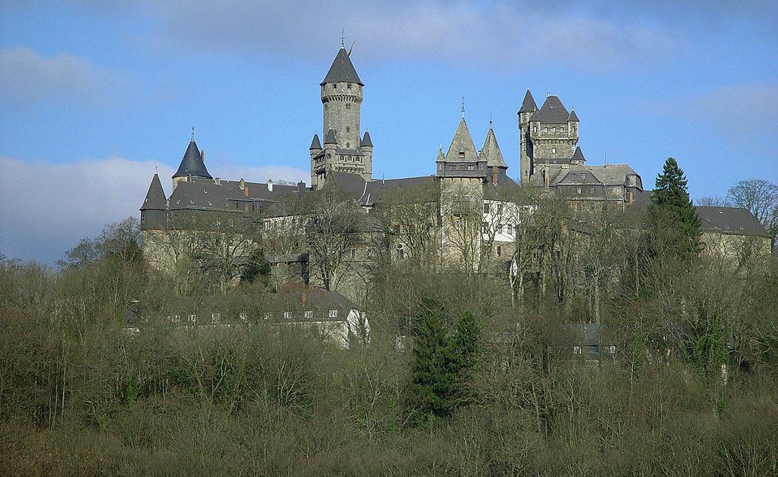 Замок Браунфельс