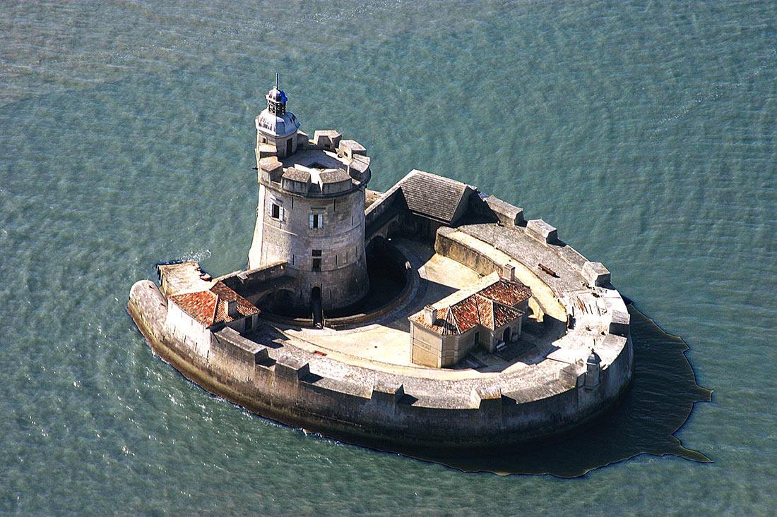 Форт Лувуа