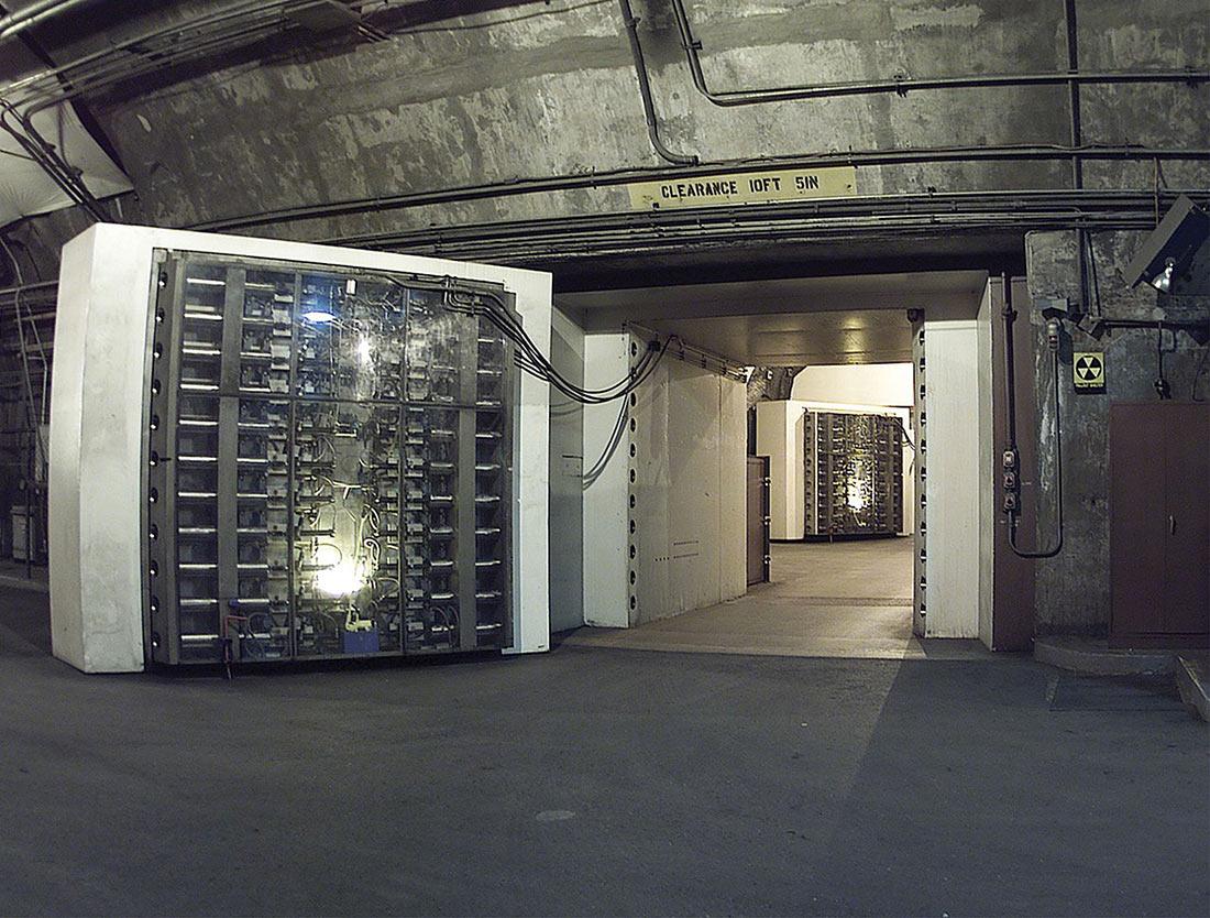 подземный комплекс NORAD в горе Шайенн