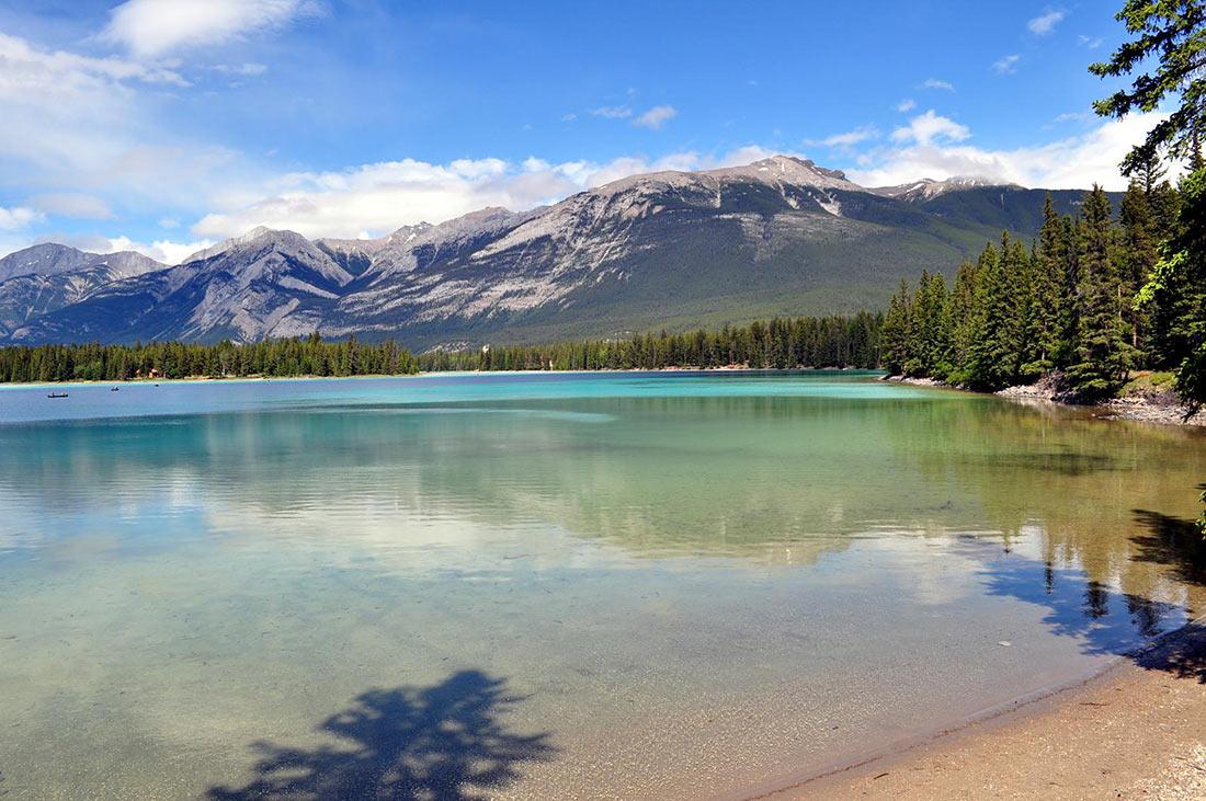 озеро Эдит в Национальном парке Джаспер