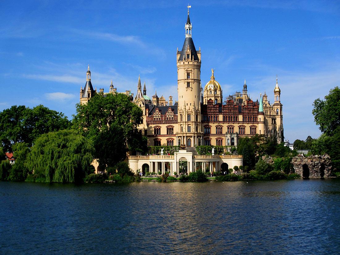 Замок Шверин