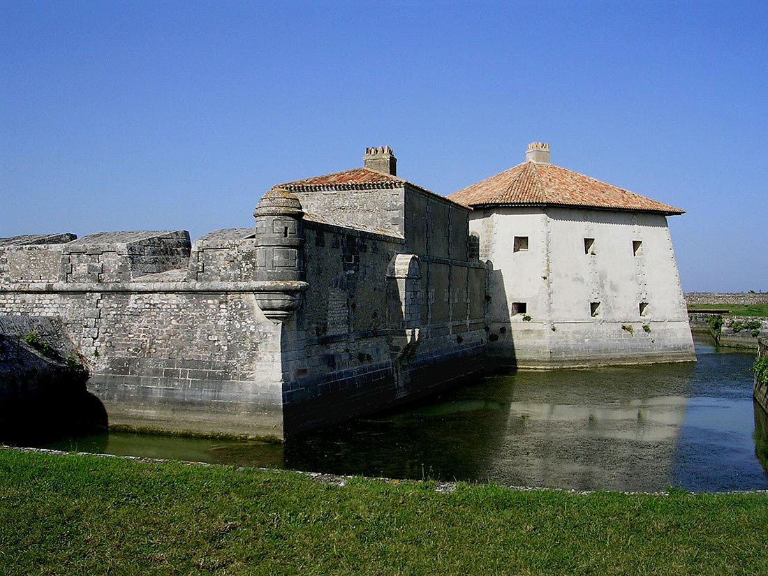 Форт Люпин