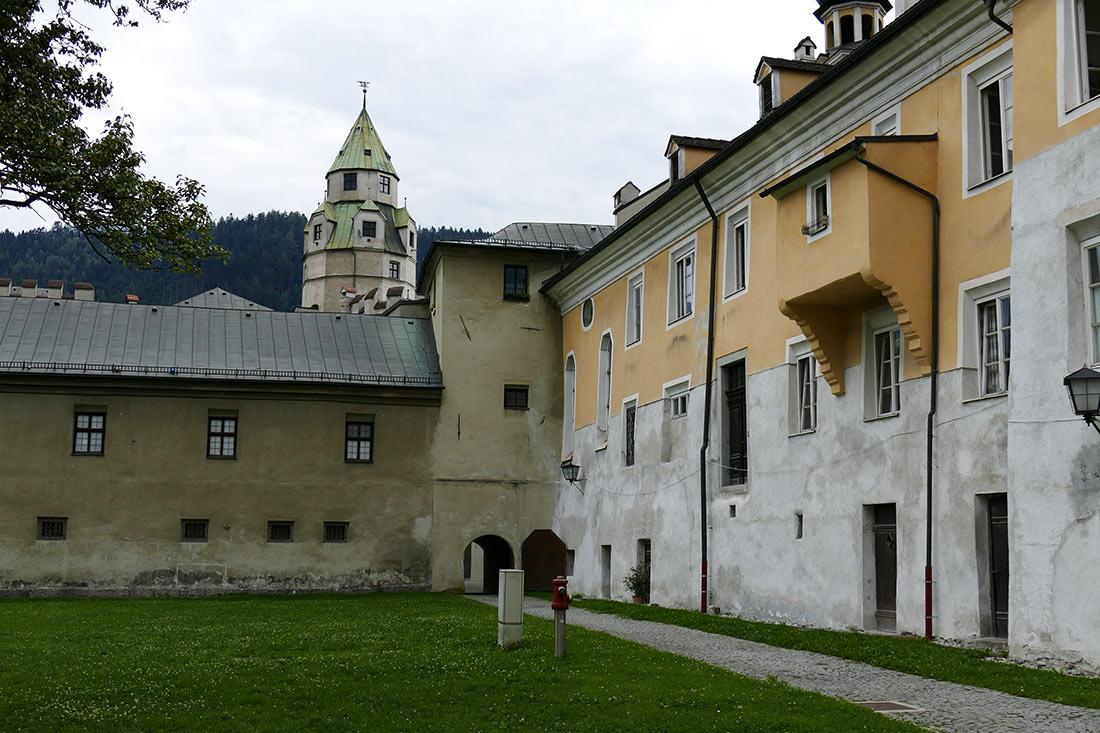 Замок Хасегг