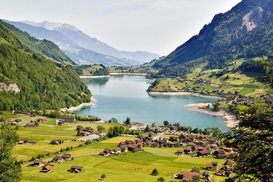 Интерлакен и швейцарскаие Альпы