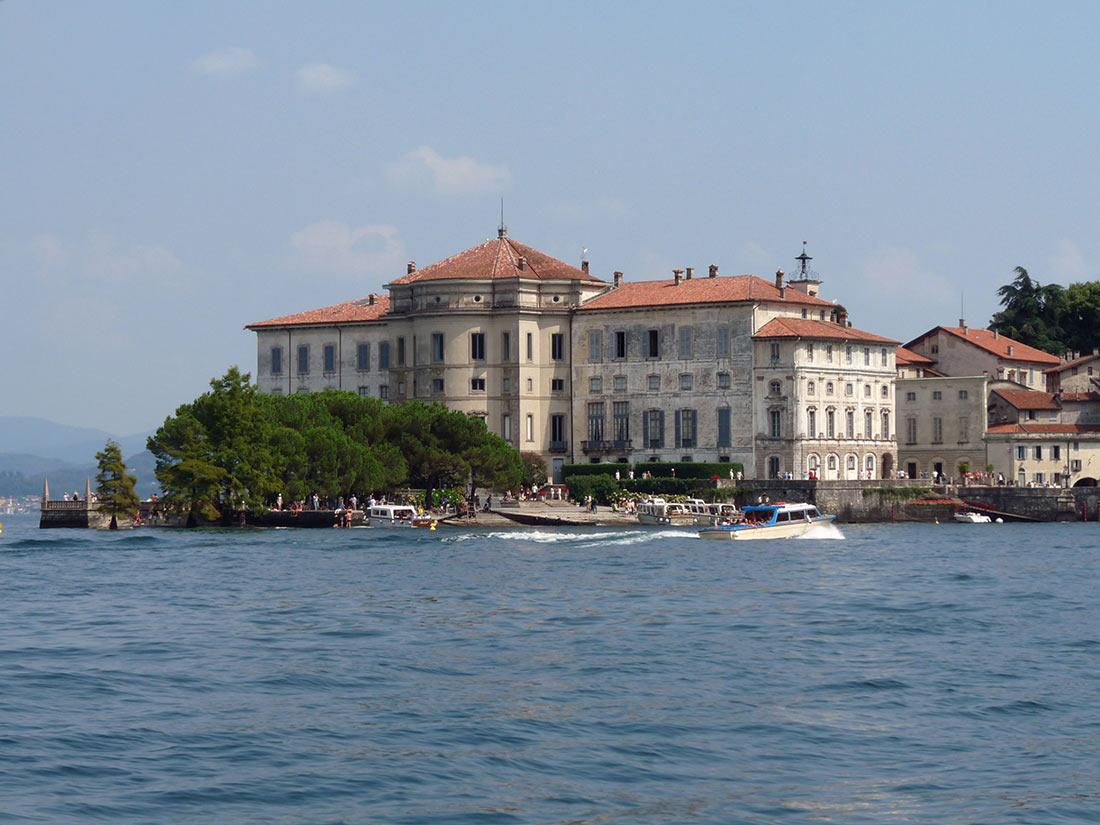 Дворец Борромео (Palazzo Borromeo)