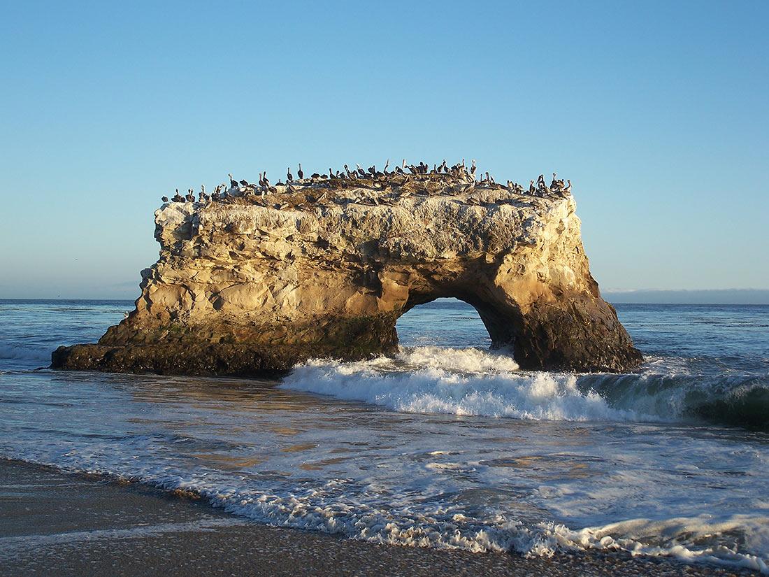 Пляж Природные мосты