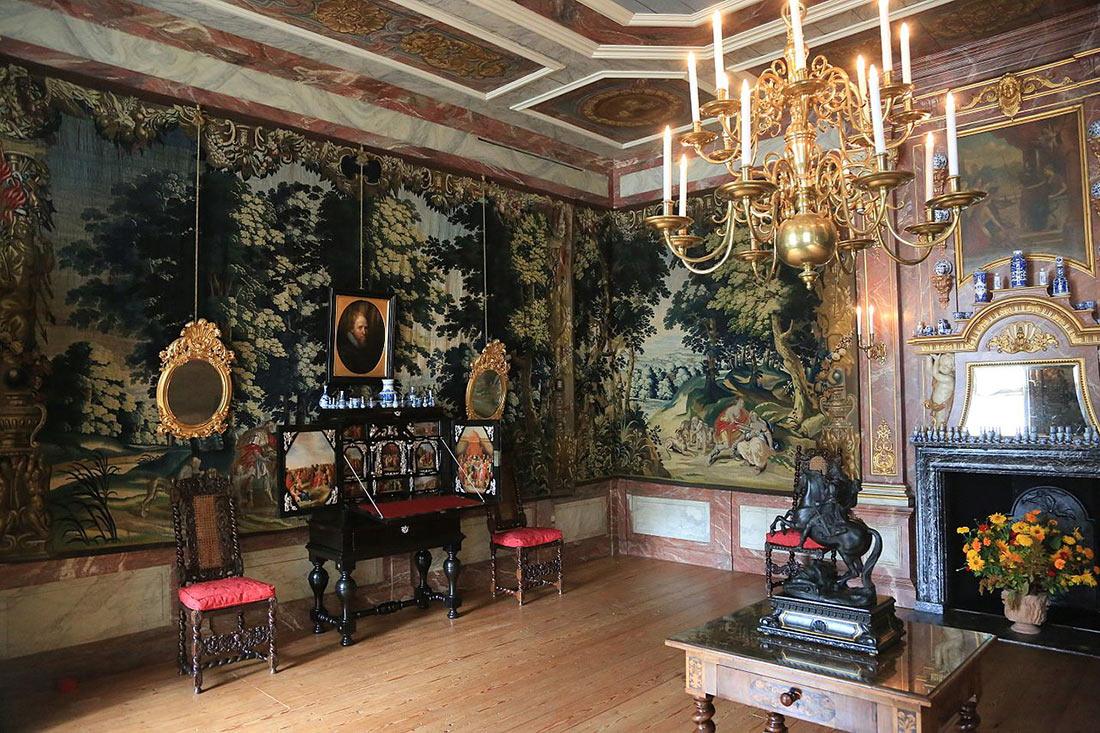 дворец Хет Лоо