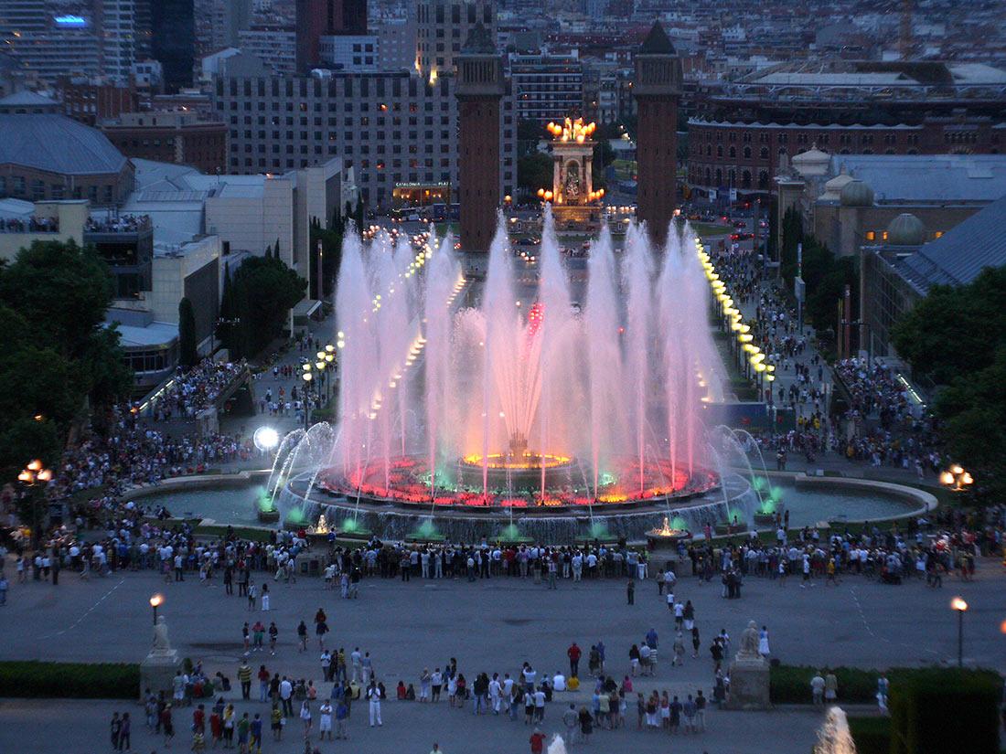 Волшебный фонтан Монжуик