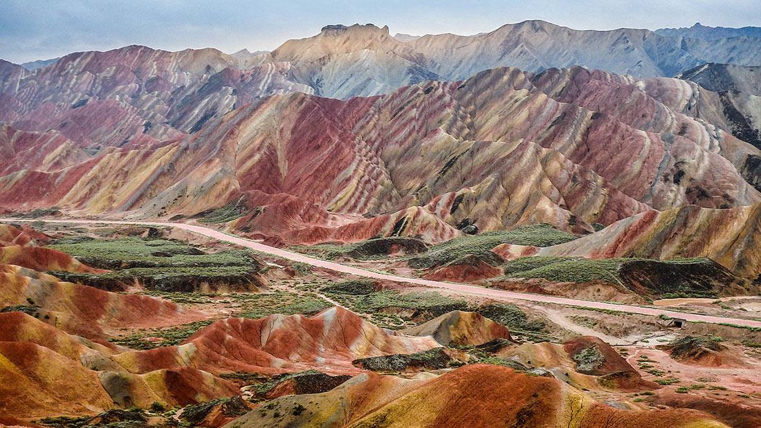 Национальный геопарк Чжанъе Данься