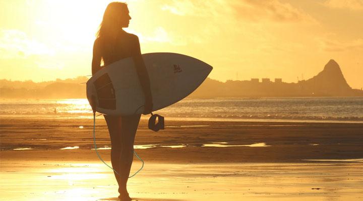 Где учиться серфингу на Бали, уроки серфа для новичков