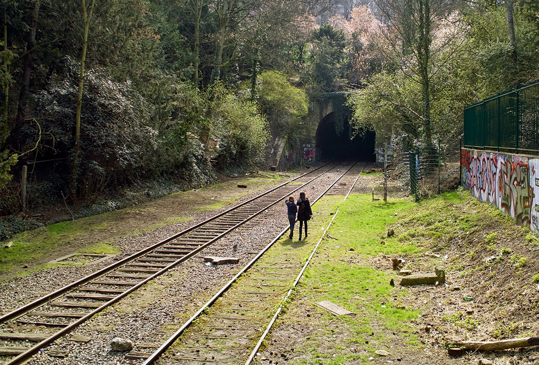 Заброшенная железная дорога в Париже
