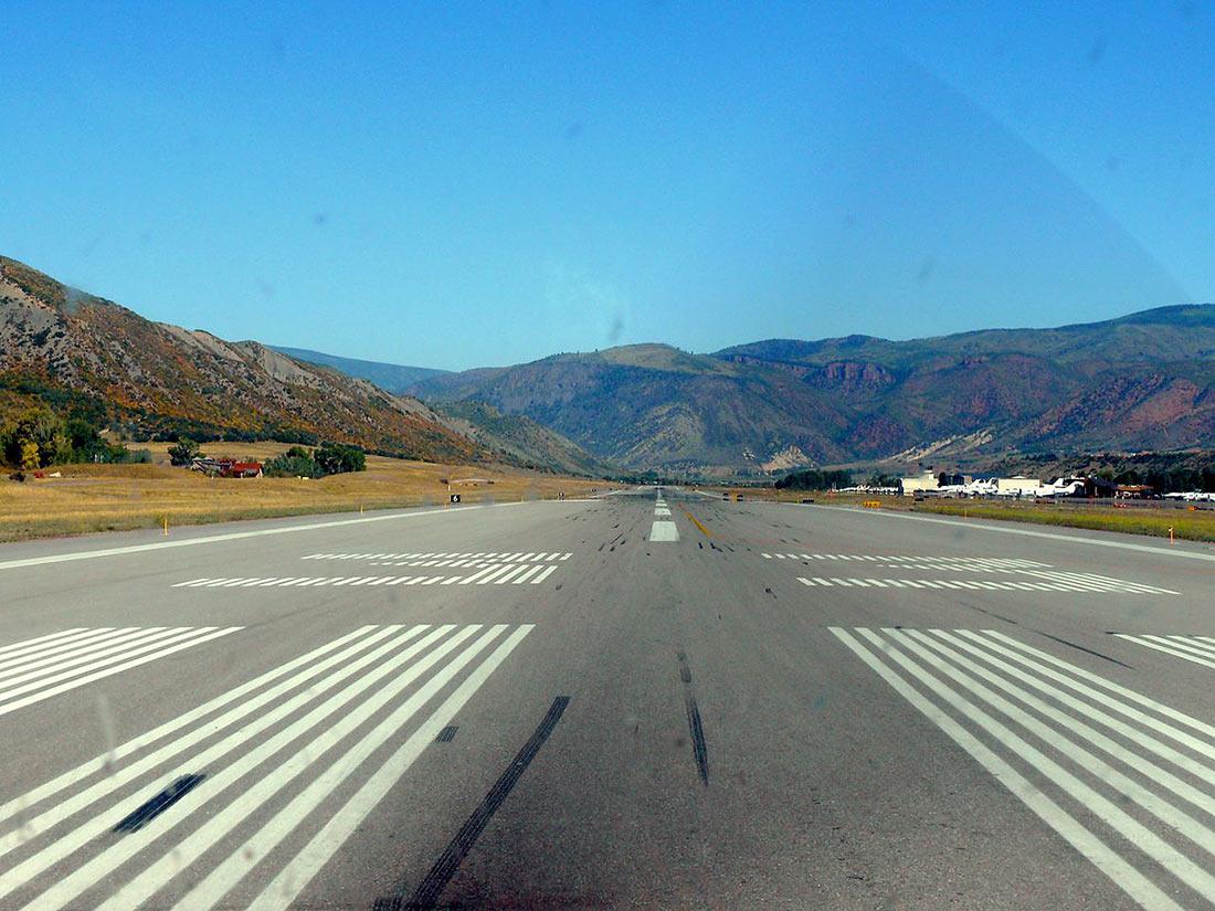 Аэропорт округа Аспен-Питкин