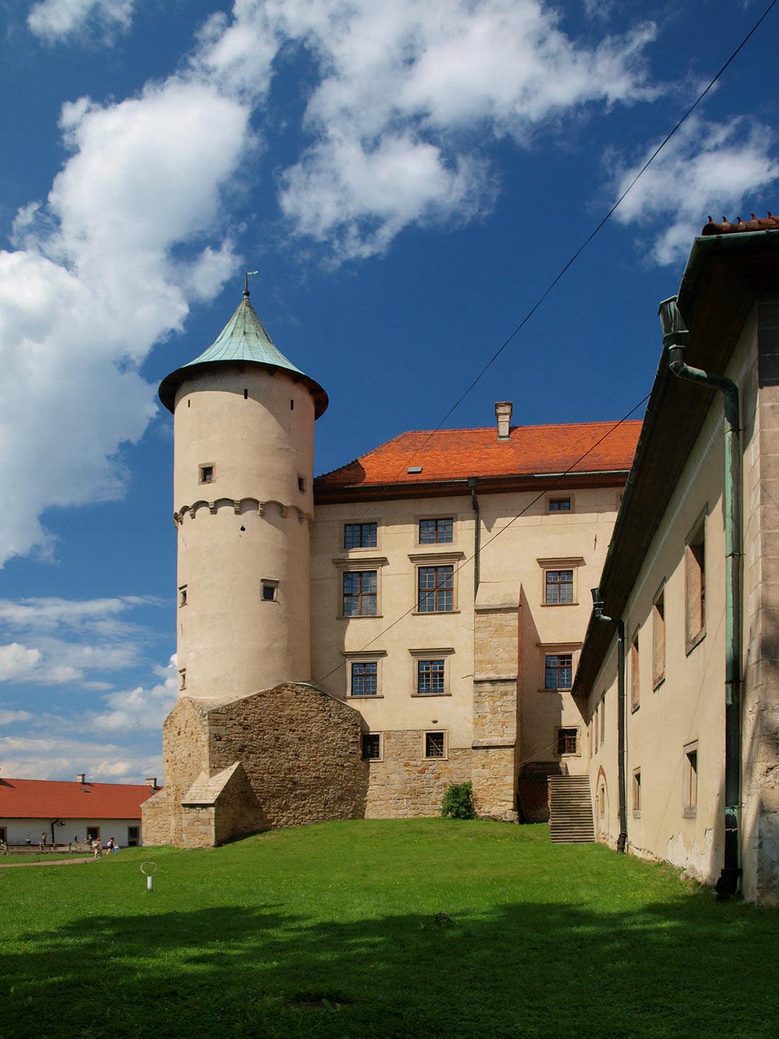Новы-Вижницкий замок