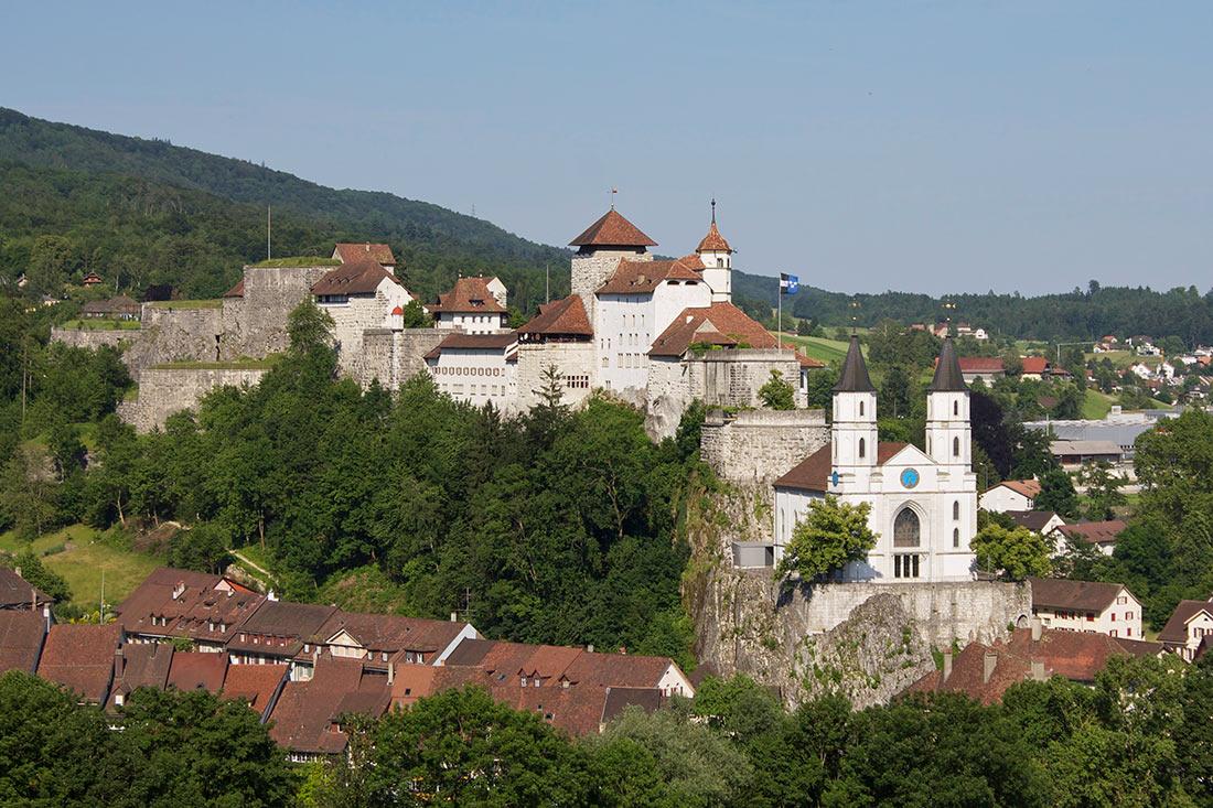 замок Аарбург