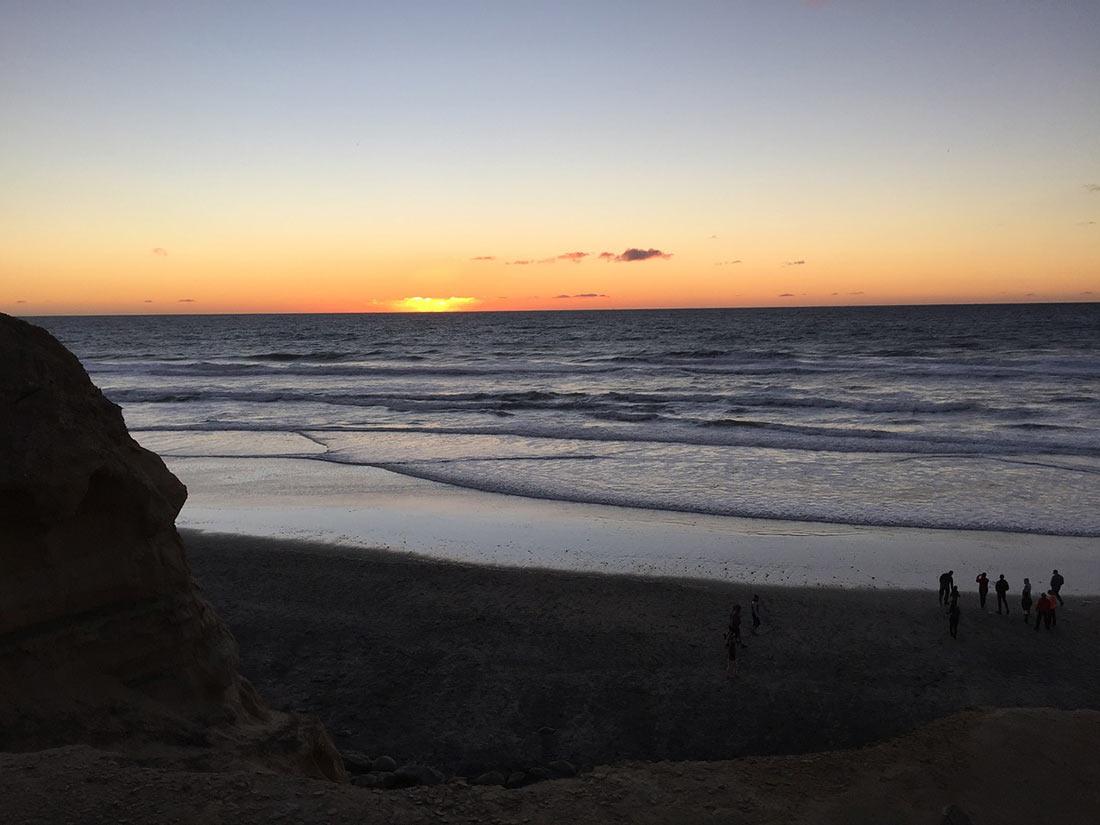 Светящийся пляж Торрей Пайнс