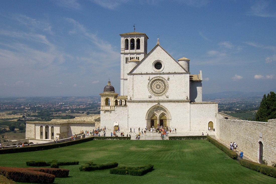 Базилика Сан-Франческо в Ассизи