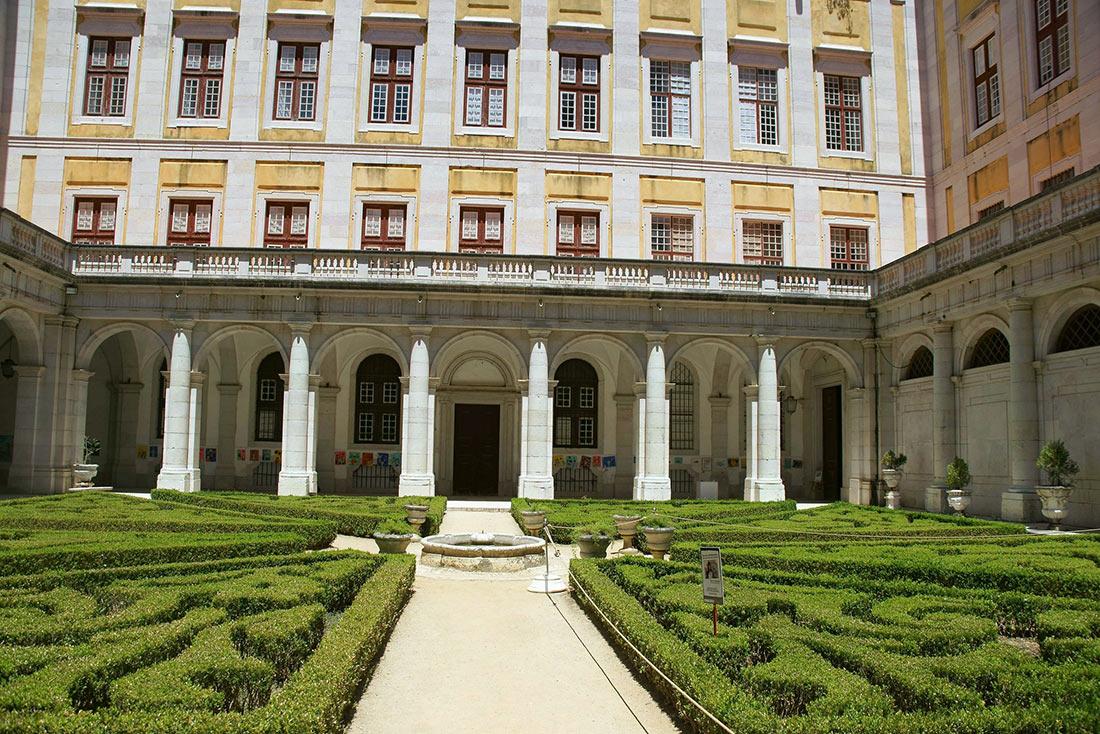 дворец Мафра