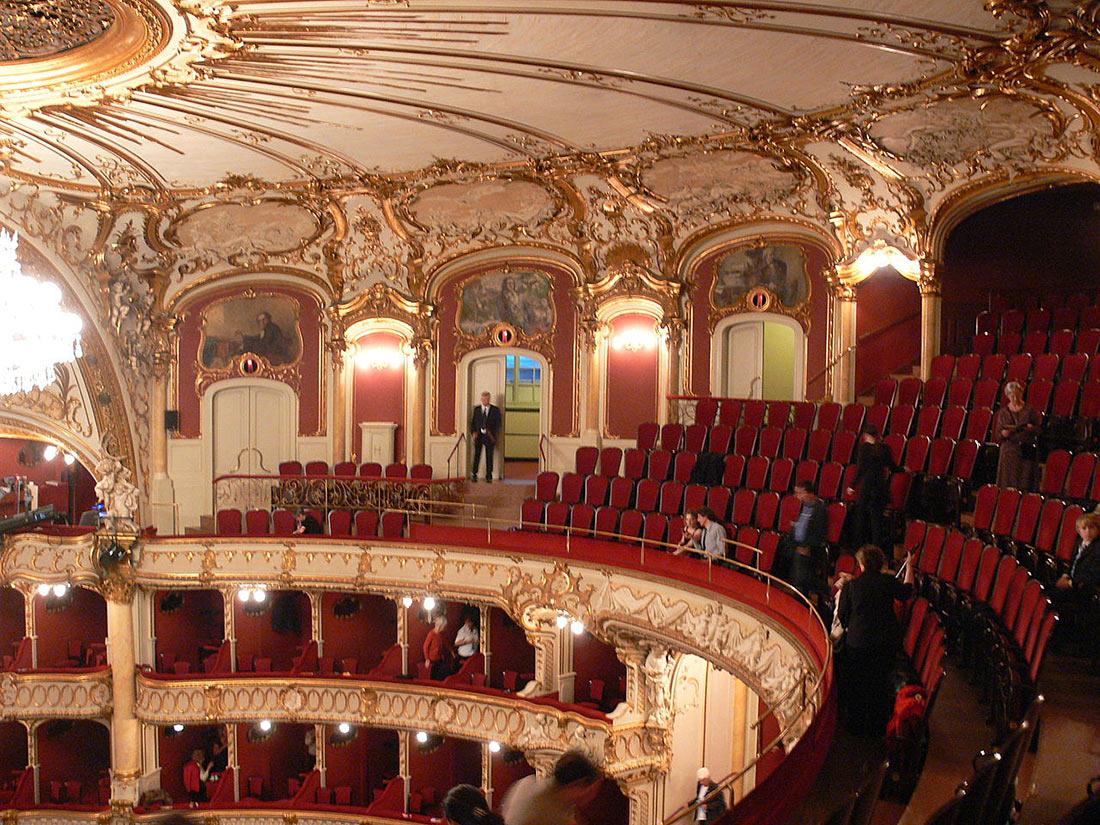здание Оперы в Граце