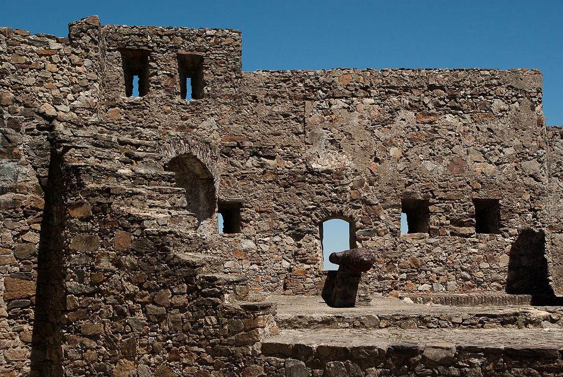Замок Марван