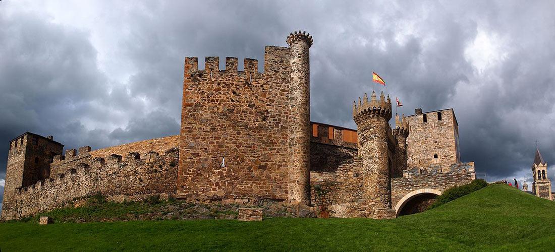 Замок Понферрада