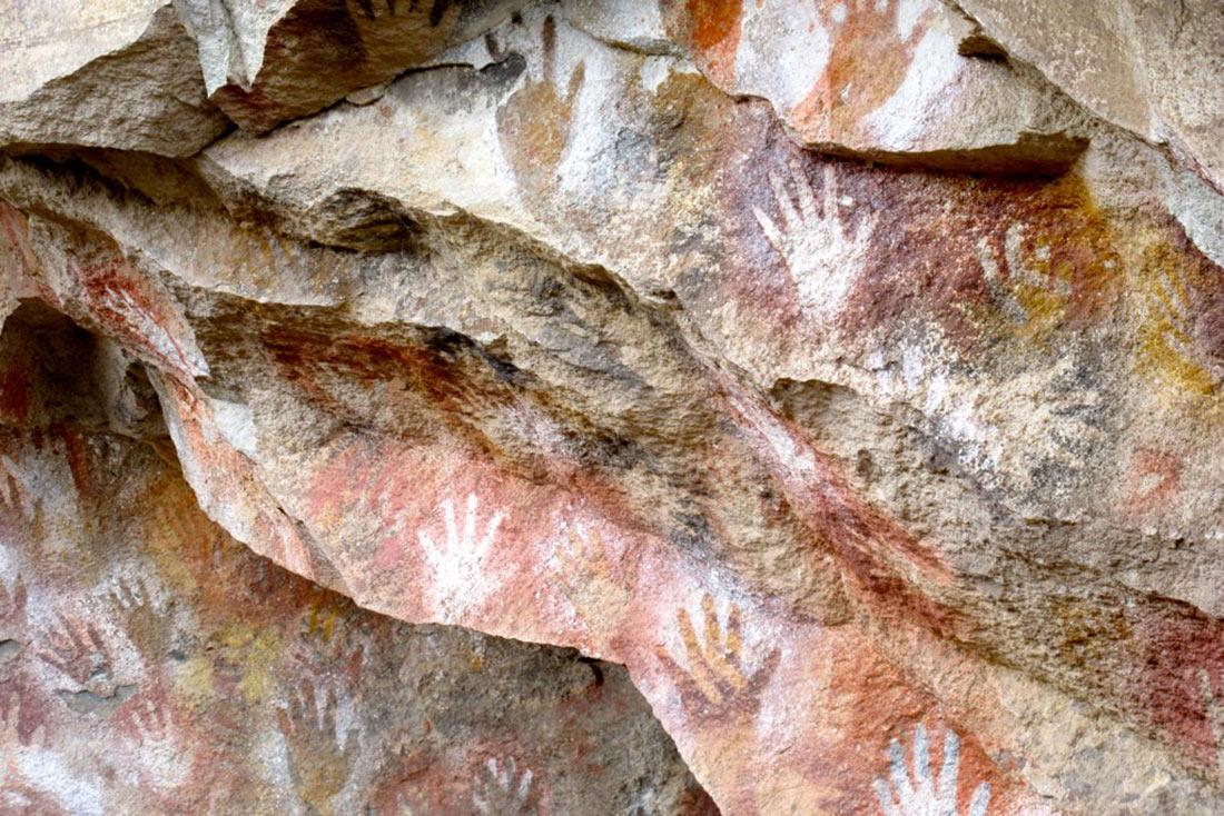 Пещера рук (Куэва-де-лас-Манос)