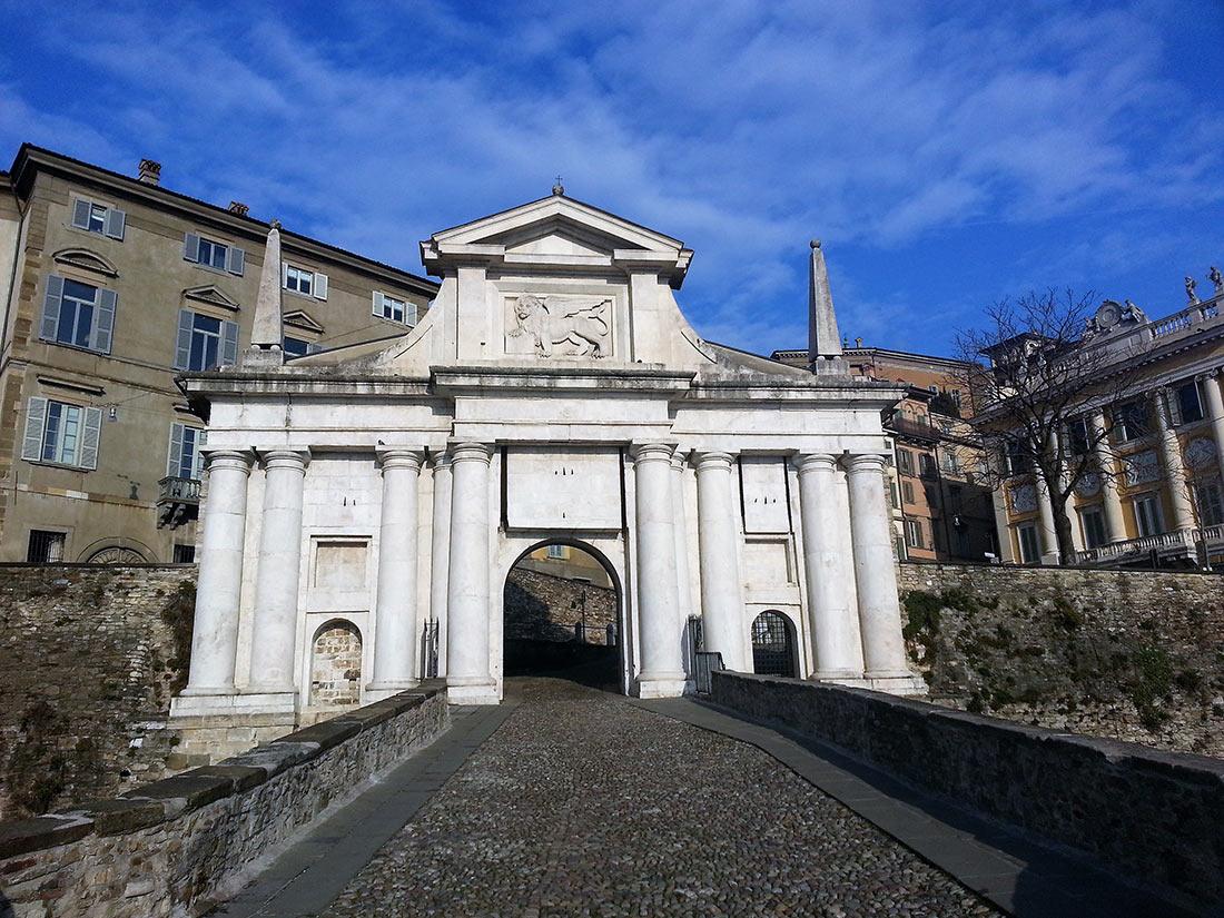 Городские ворота Бергамо