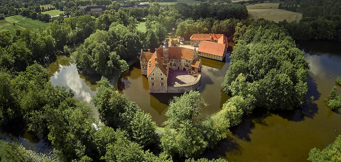 Замок Вишеринг (Burg Vischering)