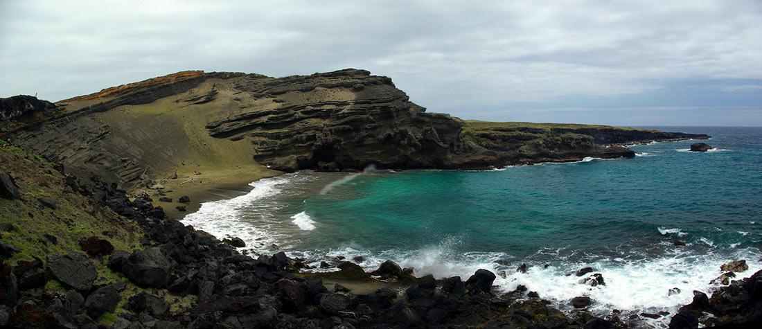 пляж Папаколеа