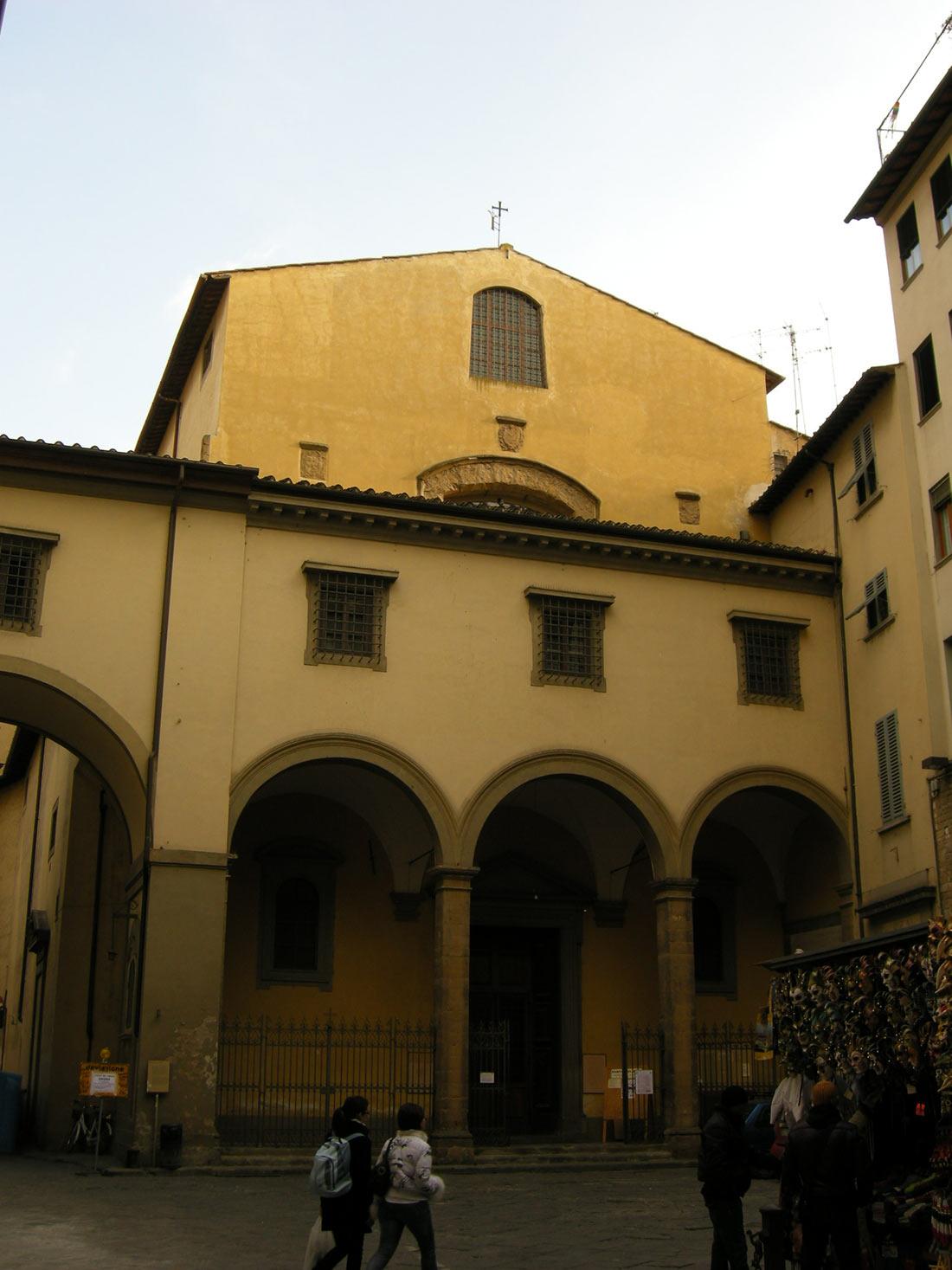 Церковь Санта Феличита с коридором Вазари на переднем плане