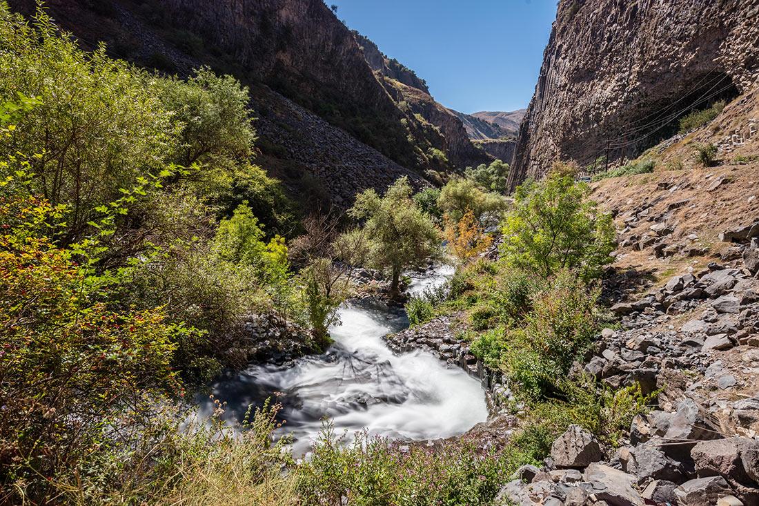 Долина реки Азат