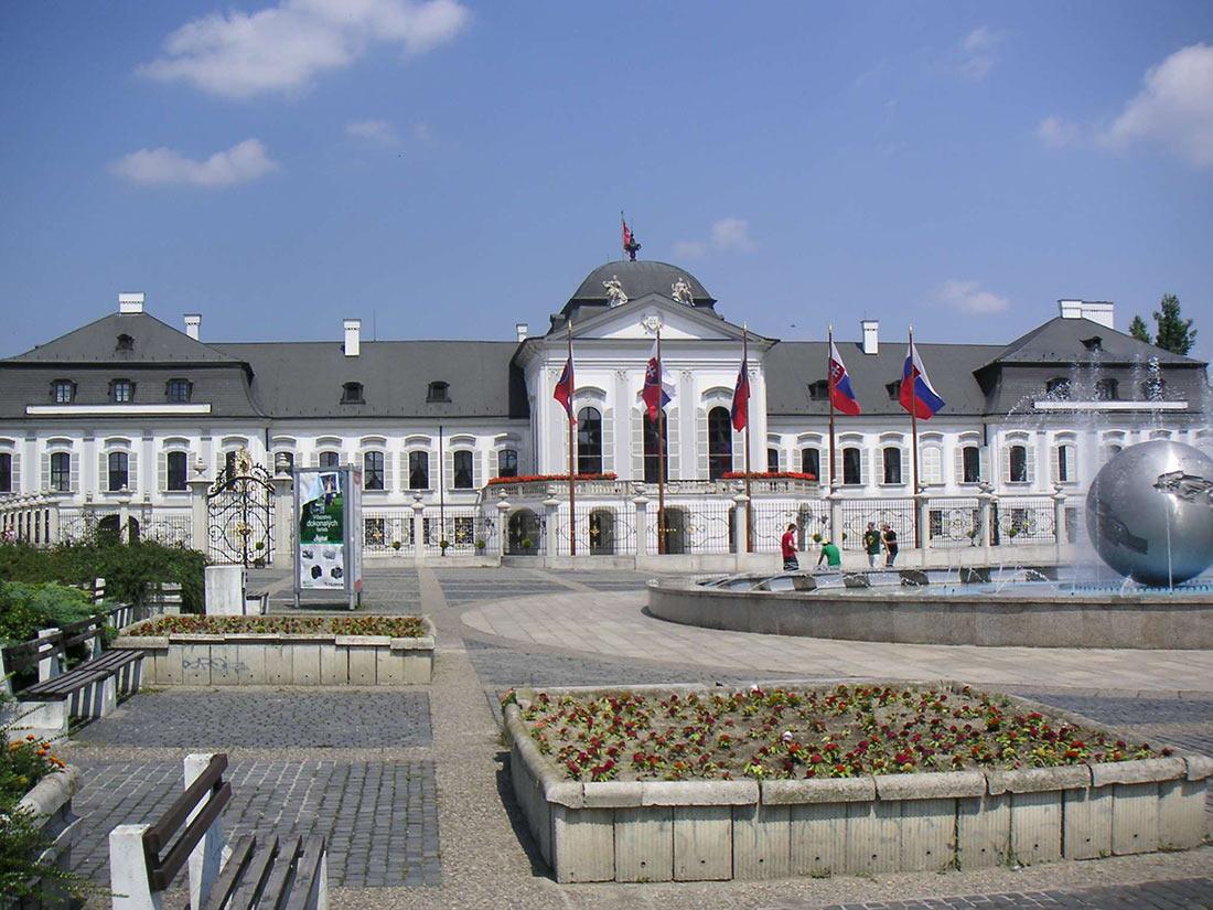 Дворец Грашалковичей