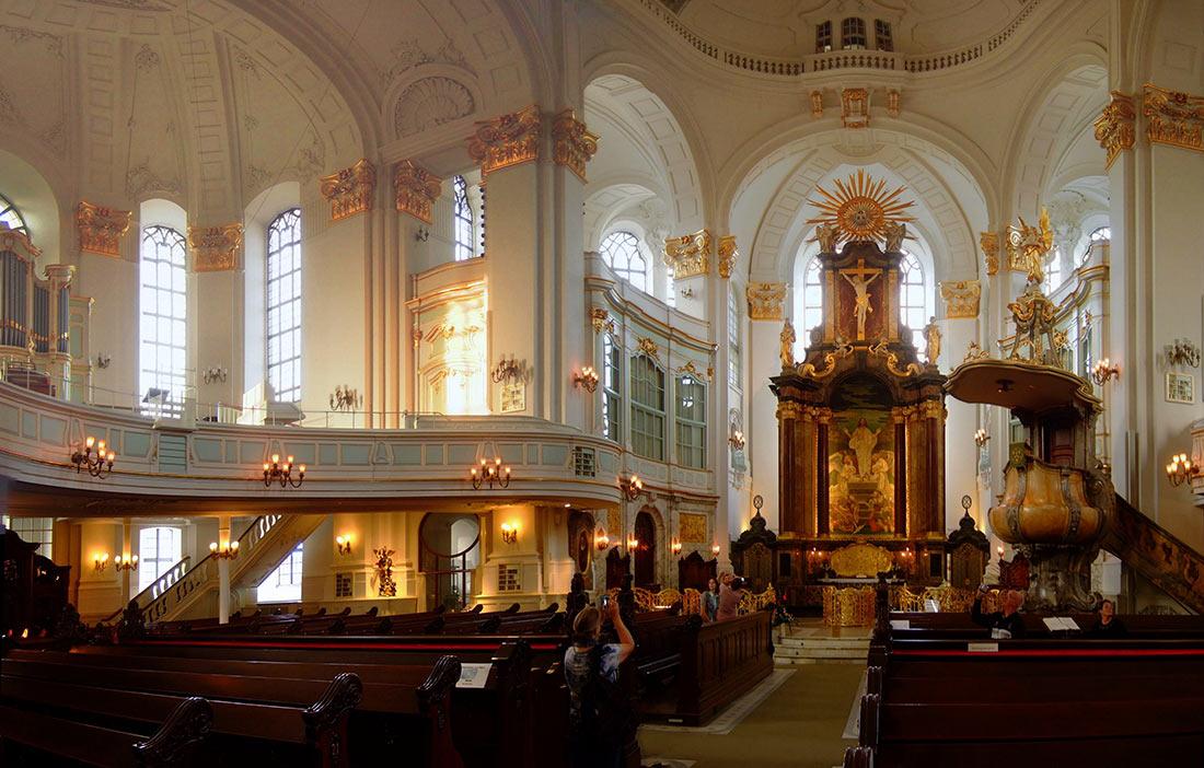Михайловская церковь в Гамбурге