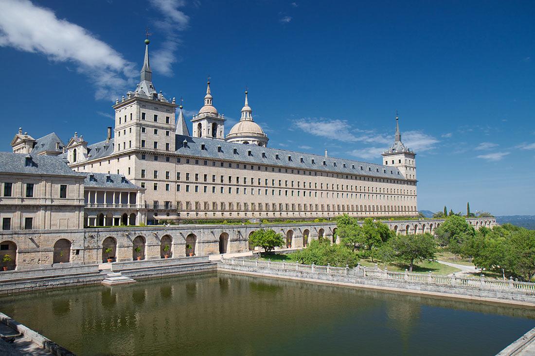 Королевский дворец Сан-Лоренцо-де-Эль-Эскориал
