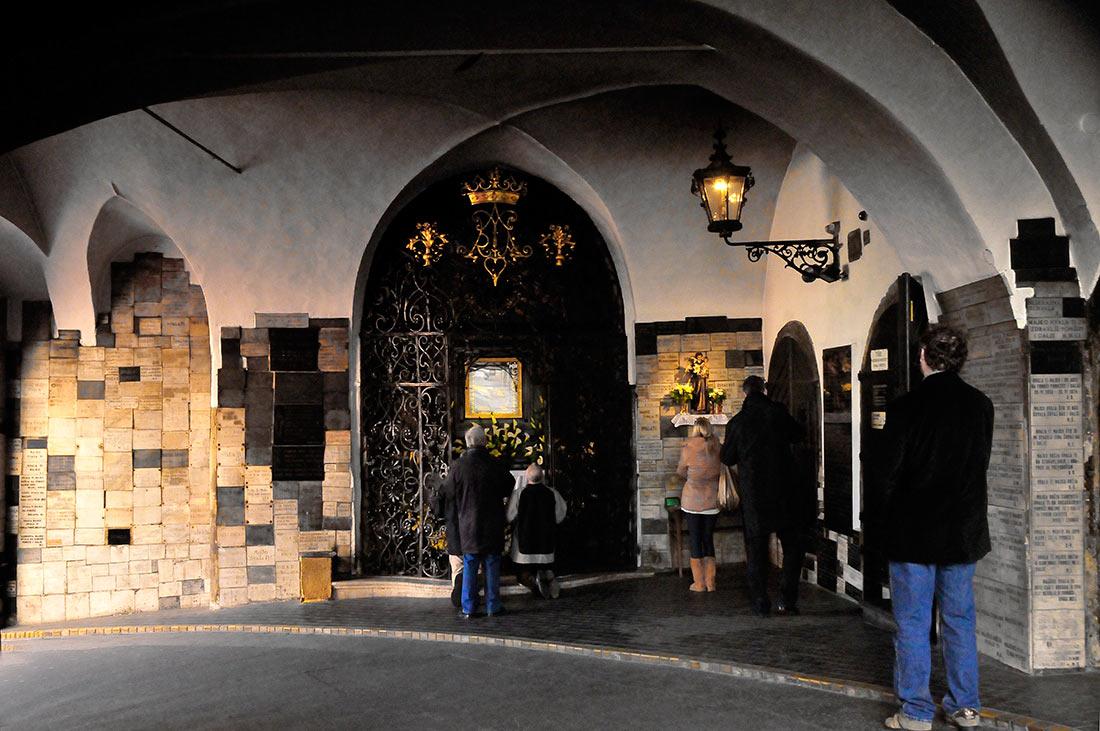 Каменные ворота в Загребе