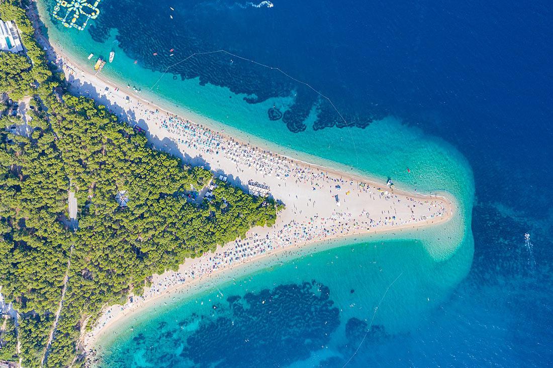 Пляж Златни-Рат, остров Брач
