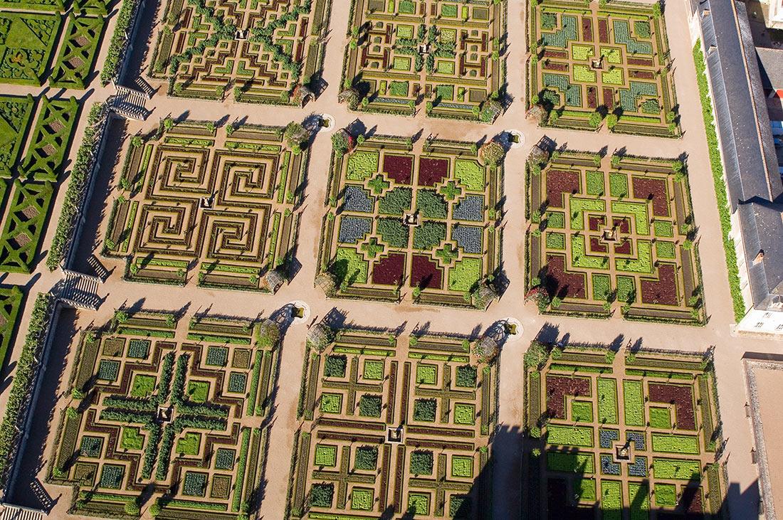 Вид на сады с воздуха