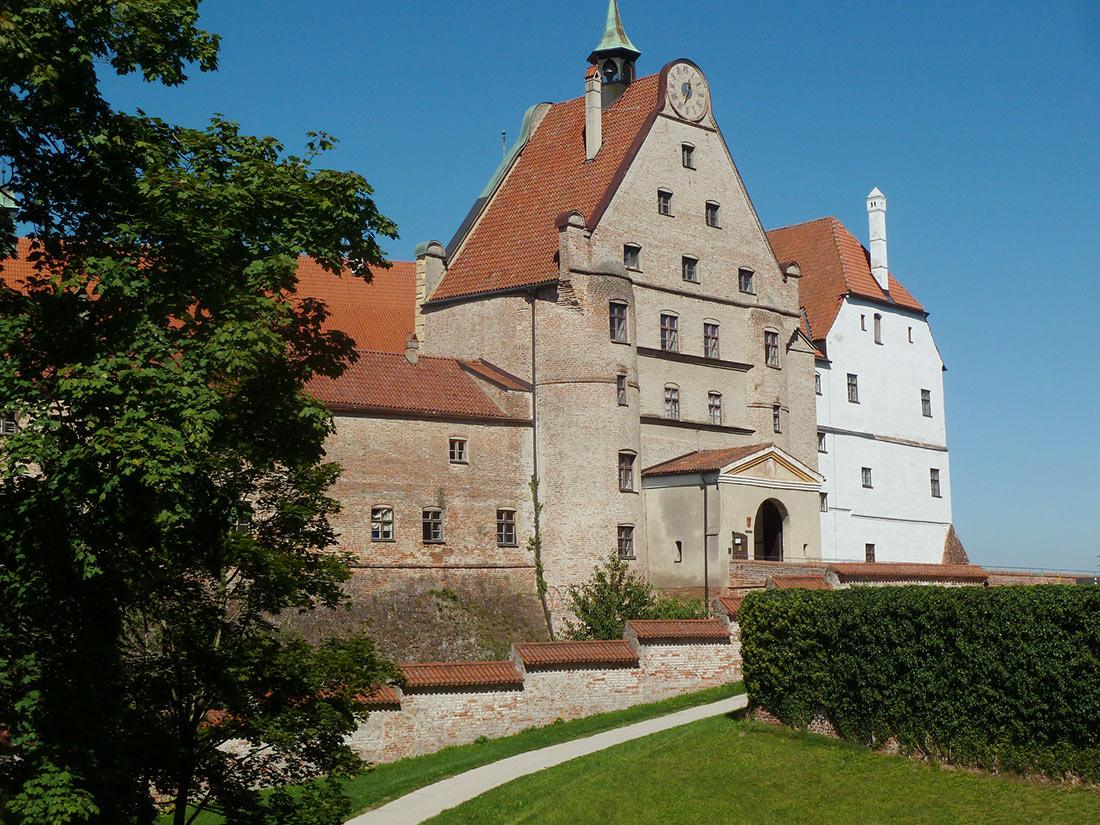 Замок Траусниц
