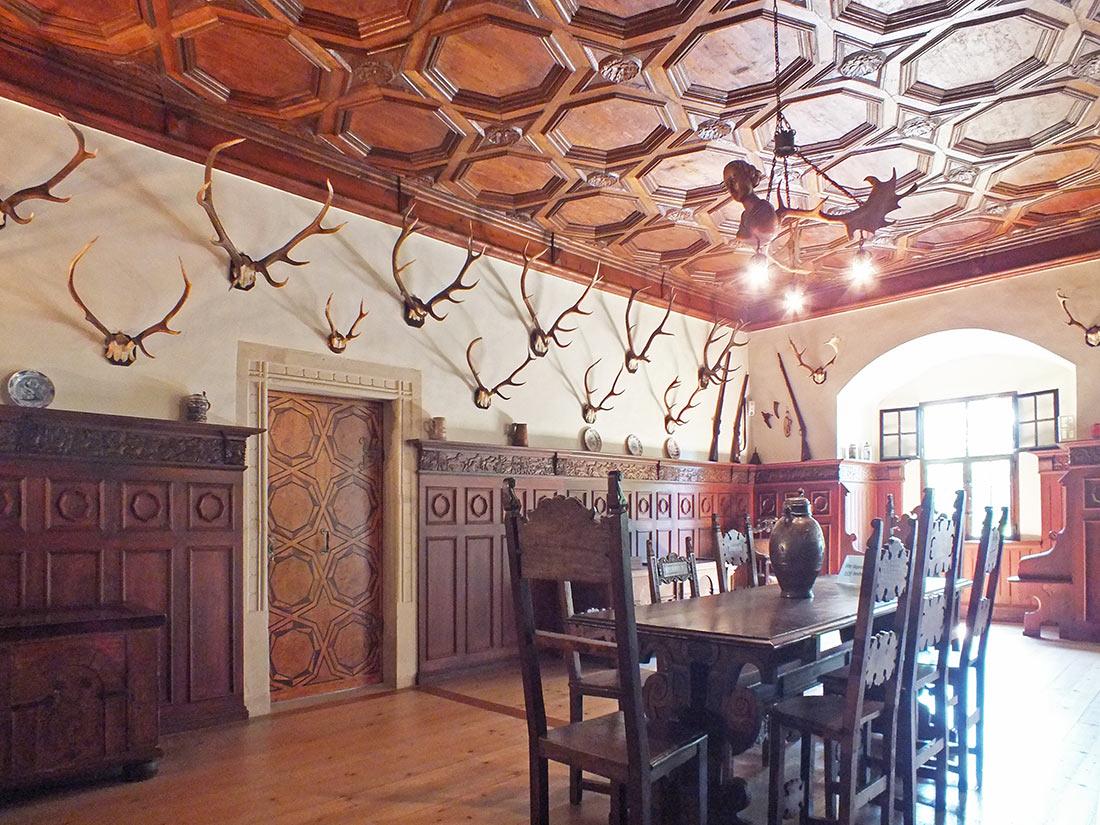 Охотничий зал замка Лауэнштайн