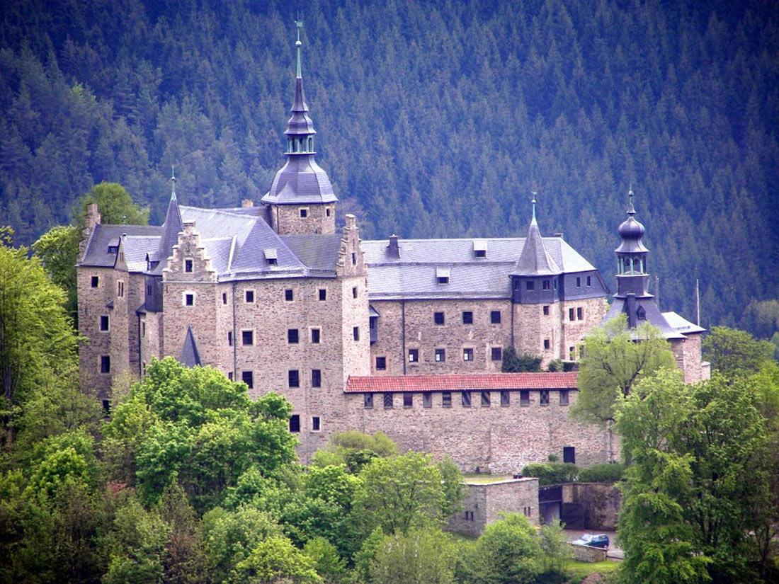 Замок Лауэнштайн