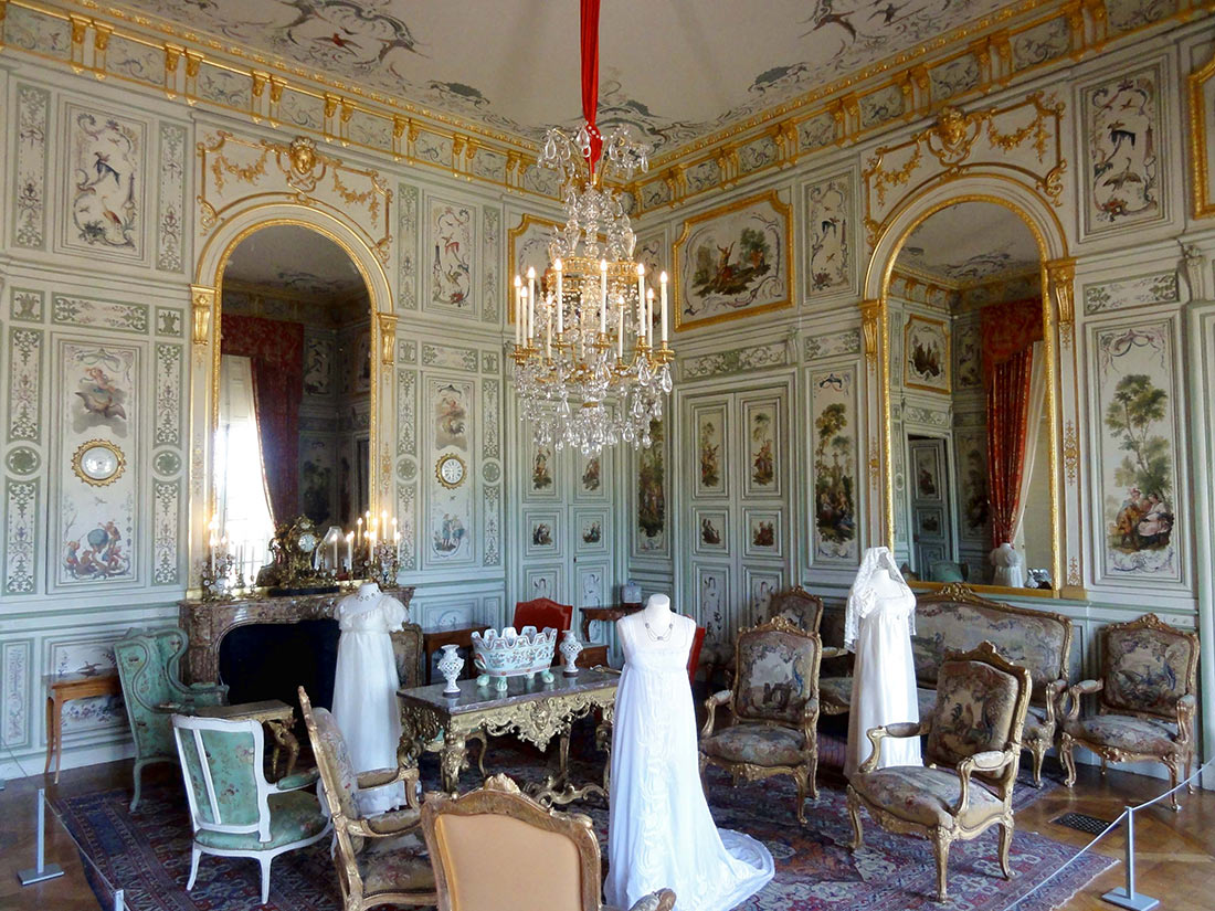Дворец Шан-сюр-Марн